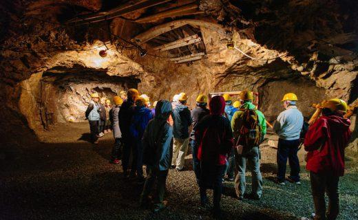 釡石鉱山坑道見学